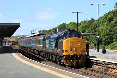 37402 (37218 rear), Barrow, 2C48 11.56 Carlisle-Lancaster - 27/06/15.