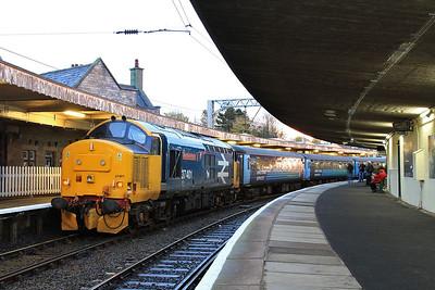 37401, Carnforth, 2C48 11.56 Carlisle-Lancaster (train terminated due to failed unit ahead) - 07/11/15.