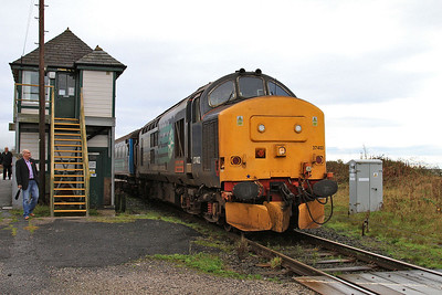 37402 dep Foxfield, 2C45 11.38 Barrow-Carlisle - 07/11/15.