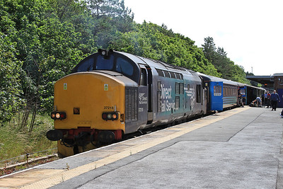 37218 (37409 rear), Barrow, 2C45 11.38 to Carlisle - 11/07/15.