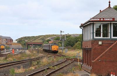 37610 (37401 rear) arr Barrow, 2C40 08.42 ex Carlisle - 31/07/15.