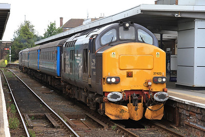 37423 (37409 rear), Barrow, 2C47 10.04 ex Preston - 31/07/15.