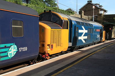 37401 (37402 rear), Lancaster, 2C48 11.56 ex Carlisle - 08/08/15.