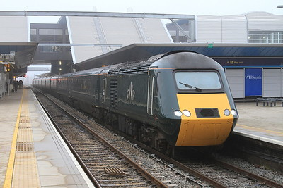 GWR liveried 43188 + 43187, Reading, 1B46 14.37 Paddington-Swansea - 13/12/15.