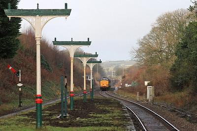 37259 (37423 rear) arr Ulverston, 2C32 05.15 Carlisle-Preston - 19/02/16.