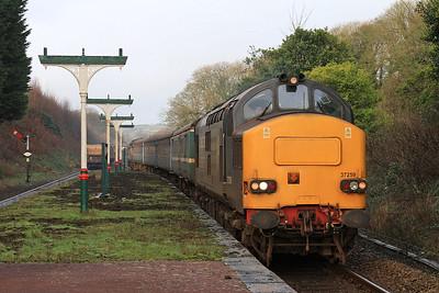 Tractor heaven ! 37259 (37423 rear) arr Ulverston, 2C32 05.15 Carlisle-Preston as 37605 + 37612 thrash through on 6C53 06.30 Crewe-Sellafield nuclear flasks