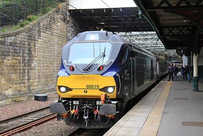 68019, Edinburgh Waverley, 2G13 17.08 to Glenrothes with Thornton - 22/04/16.