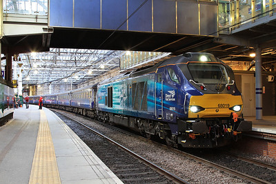 68019 on Fife Commuter, 1M16 to London, Chiltern 68's, 22nd-23rd April 2016