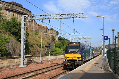 68021 arr Edinburgh Waverley, ECS for 2G13 17.08 to Glenrothes With Thornton - 06/06/16.