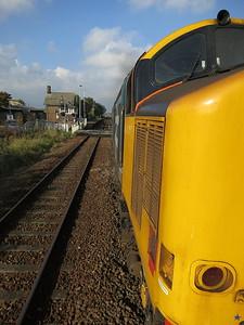 37402 dep Askham, 2C48 11.56 Carlisle-Lancaster - 15/10/16.