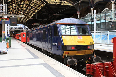 90034, London Liverpool Street, 1P28 12.30 to Norwich - 04/04/16.