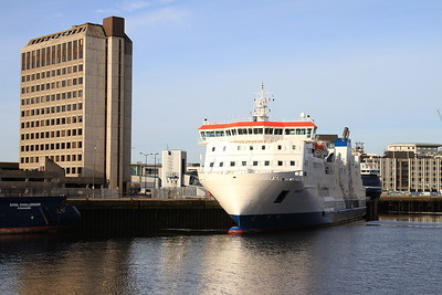 Ro-Ro Ferry 'Hrossey' berthed in Aberdeen harbour - 17/09/16.