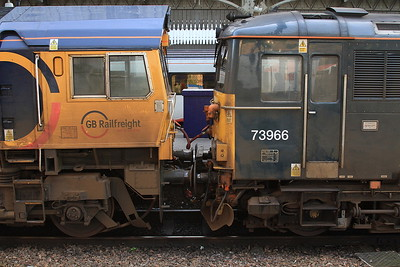 66719 + 73966, Aberdeen, on arrival with 1A25 04.43 Portion ex Edinburgh - 17/09/16.