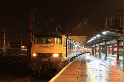 90045, Preston, 1M16 20.44 Inverness-Euston - 22/12/16.