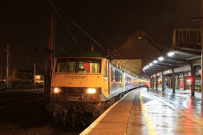 90045, Preston, 1M16 20.44 Inverness-Euston - 22/12/16.