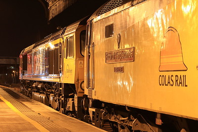 66736 + 47739 (for ETS only), Perth, 1M16 20.44 Inverness-Euston - 21/12/16.