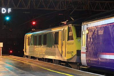 90045, Preston, 1M16 20.44 Inverness-Euston - 02/12/16.