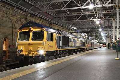 66739 + 73970, Edinburgh Waverley, joining up 1B01 19.00 Portion ex Fort William & 1B16 21.43 Portion ex Aberdeen - 22/09/16.
