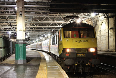 90042, Edinburgh Waverley, 1M16 20.44 Inverness-Euston - 22/09/16.