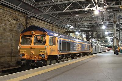 66733 + 73969, Edinburgh Waverley, joining up 1B01 19.00 Portion ex Fort William & 1B16 21.43 Portion ex Aberdeen - 03/11/16.