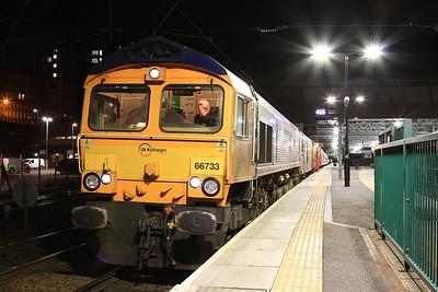 66733 + 73969, Edinburgh Waverley, 1B01 19.00 Portion ex Fort William - 03/11/16.