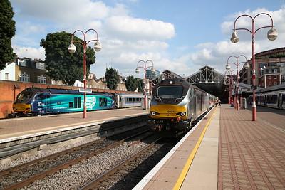 68009 / 68015, London Marylebone, 1K50 17.15 to Kidderminster / 1N50 17.21 to Bicester North - 25/07/17