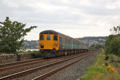 37401 approaching Grange over Sands, 2C31 17.31 to Barrow - 29/07/17