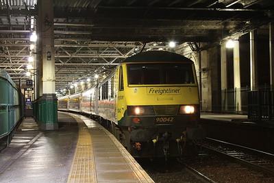 90042, Edinburgh Waverley, 1M16 21.43 Inverness-Euston - 01/02/17.
