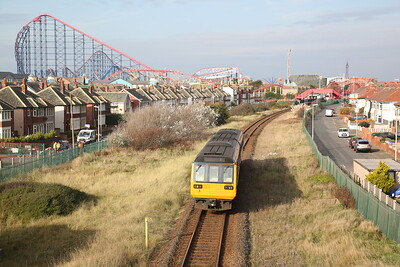 142056 leaving Blackpool Pleasure Beach, 2S58 13.13 Blackpool South-Preston - 31/10/19