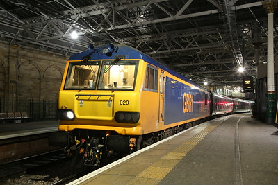 66713 & 92020 on 1M16, Stirling leap #4, 26th February 2020