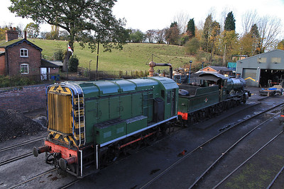 08471 / 7812 in the shed yard at Bridgnorth - 30/10/11.