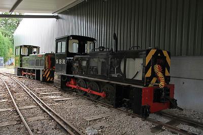 SBR 'Tom' (HC DM1447/1981, ex Corus Shotton No.51) / SBR No.6 'Badger' (HB D1418/1971, ex Corus Shotton No.49) inside the shed at Oak Tree Halt - 17/09/11.