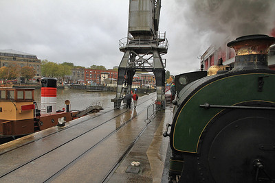 P 1940/1937 'Henbury' pushes us along the quayside at Princes Wharf - 04/11/12.