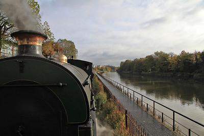 "heading alongside the river Avon on the ""Create Centre"" branch - 04/11/12."