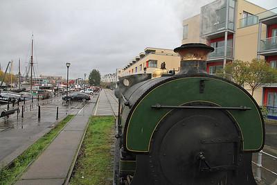 P 1940/1937 'Henbury' heading along the quayside - 04/11/12.