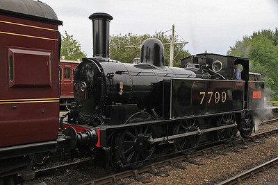 7799, Hampton Loade, 10.22 ex Bridgnorth - 23/09/12.