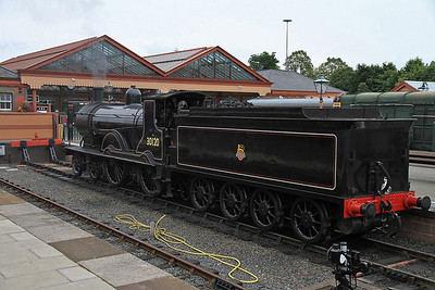 30120, Kidderminster, having piloted, and come off the 07.18 ex Bridgnorth - 23/09/12.