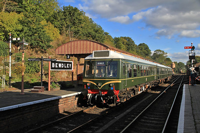 3-car DMU headed by 51941 at Bewdley on Kidderminster shuttle service - 06/10/12.