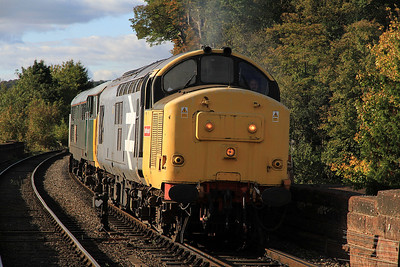 37906/31601 running round at Bewdley - 06/10/12.