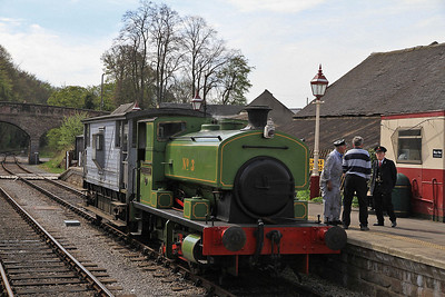 AB 2360 /1954 No.3 'Brian Harrison', Wirksworth, in between giving BV rides - 06/05/13.