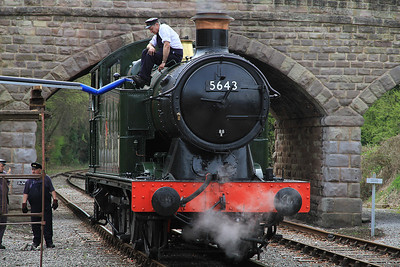 5643 being watered at Wirksworth - 06/05/13.