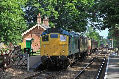 25057, Holt, 2M04 08.42 ex Sheringham - 16/06/13.