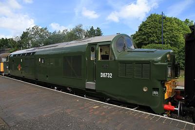 D6732 (37032), Sheringham, 1M14 11.21 to Holt - 16/06/13.