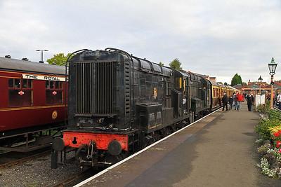 12099 / 08133, Kidderminster, 09.25 to Bewdley  - 05/10/13.