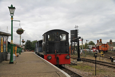 D2279, EARM platform, Chappel & Wakes Colne, in between BV rides  - 05/10/13.