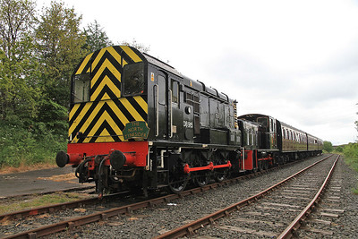 08915 / 03078, Percy Main, 11.50 to Middle Engine Lane - 01/06/13.