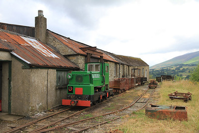 RH 242918/1947 '48 DL', Ex-Royal Navy Armaments Depot Loco, Broughton Nook, outside the Engine House - 28/07/13.