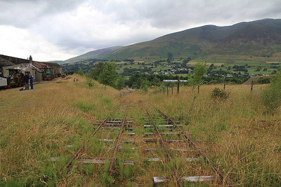 a sharp incline round the back of the Engine House - 28/07/13.