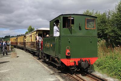 W&L No.2 (Ex GWR No.823 'The Countess'), Cyfronydd, P5 11.08 Llanfair Caereinion-Welspool  - 31/08/13.