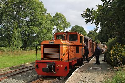W&L No.17 (Diema 4270/1979, Ex San-hua Sugar Works Railway, Taiwan, no.175), Castle Caereinion, P6 10.00 Welshpool-Llanfair Caereinion  - 31/08/13.